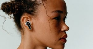 Ear (1): Nothing launches its 1st wireless headset